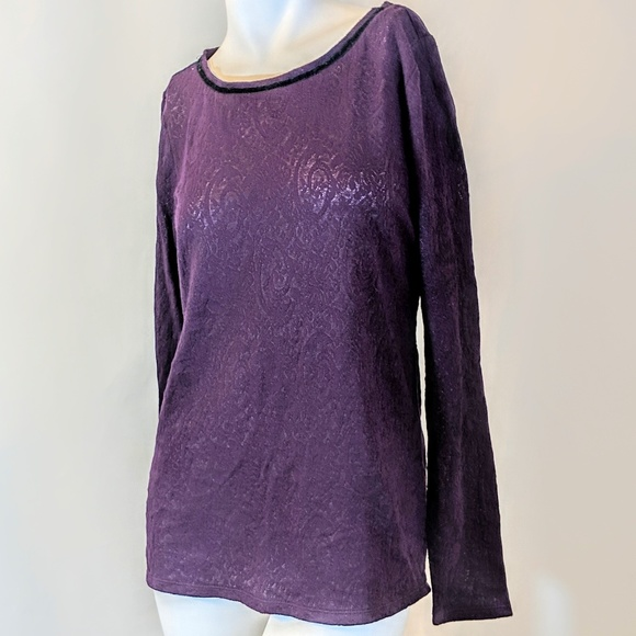 LOFT Tops - Purple Loft Stretch Lace Top w/ Velveteen Tie